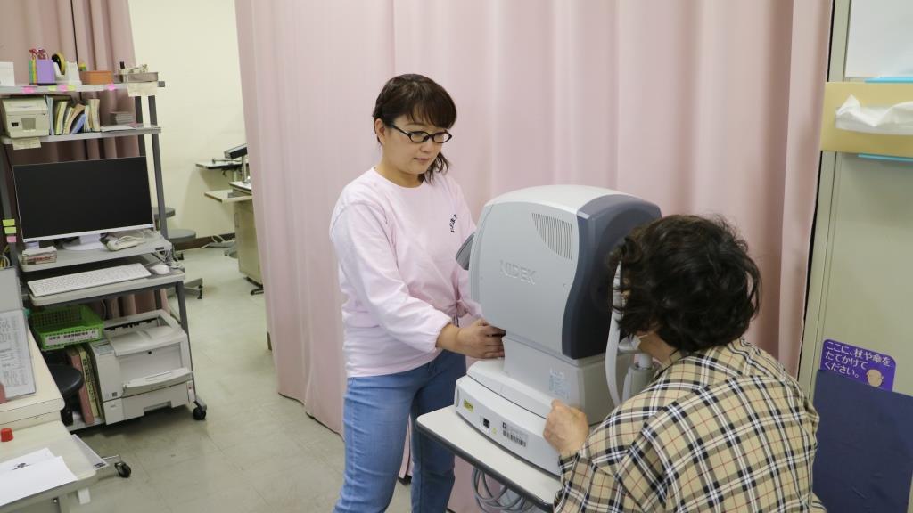 視力・眼圧測定